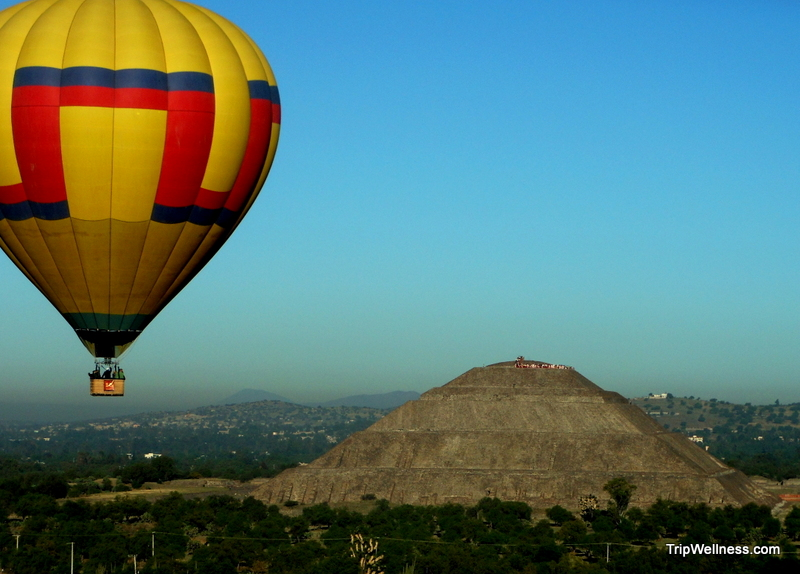 balloon teotihuacan mexico