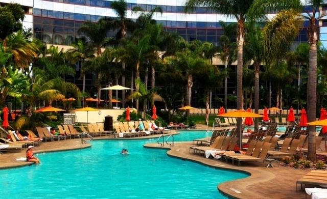Marriott Marquis hotel pool. Best San Diego luxury pools. Trip Wellness
