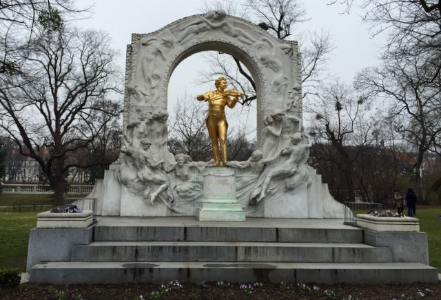 Statue of Johann Strauss in Vienna.