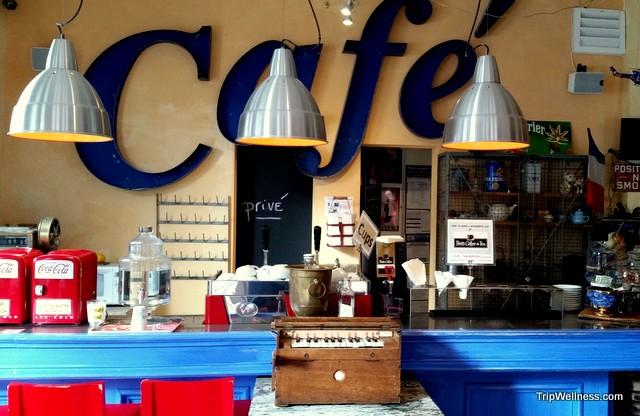 Cafe in Metro Hotel in Petaluma