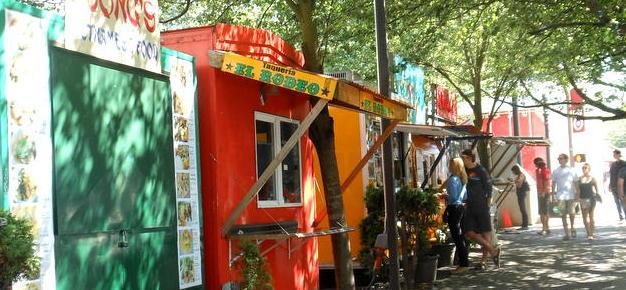 Food carts. Portland Food Tour