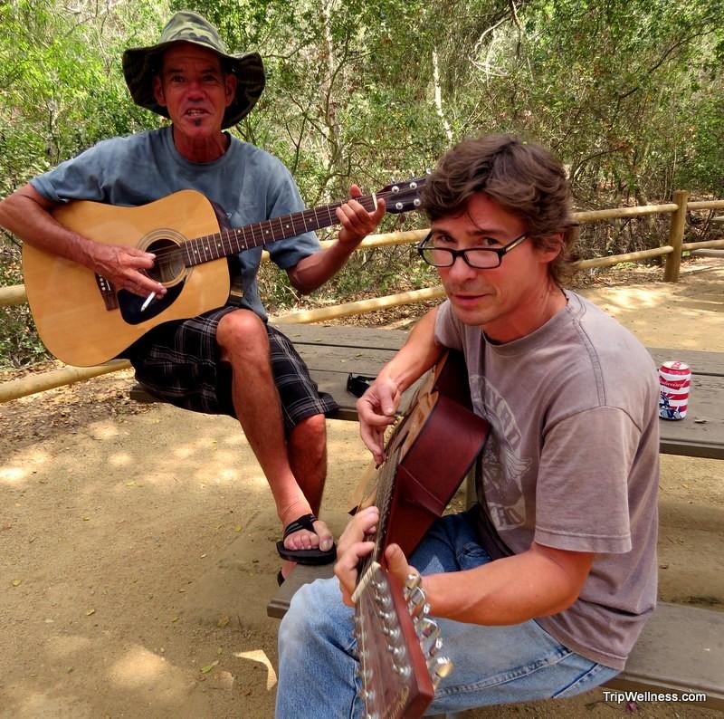 Urchin diver guitarists