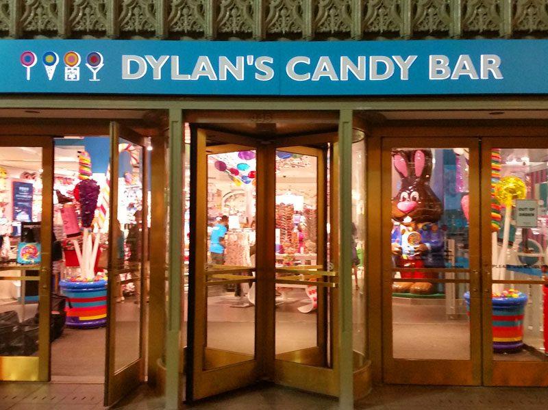 Flagship Dylans Candy Bar on a Chicago Pub Crawl