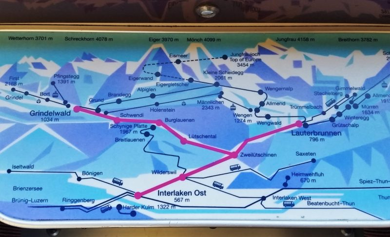 Embedded maps make train trips with the Swiss Pass easy.