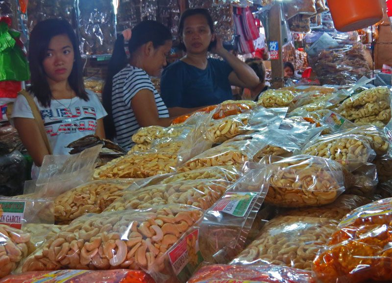Cashews are some of the Filipino foods to try in Puerto Princesa