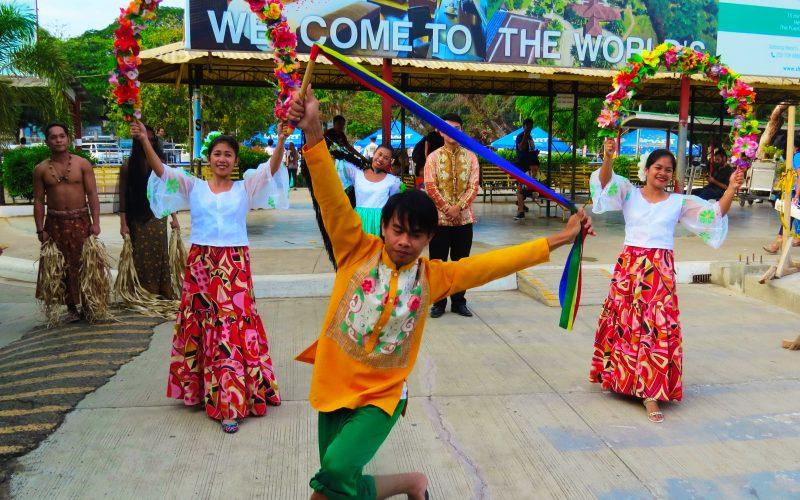 Puerto Princesa dancers