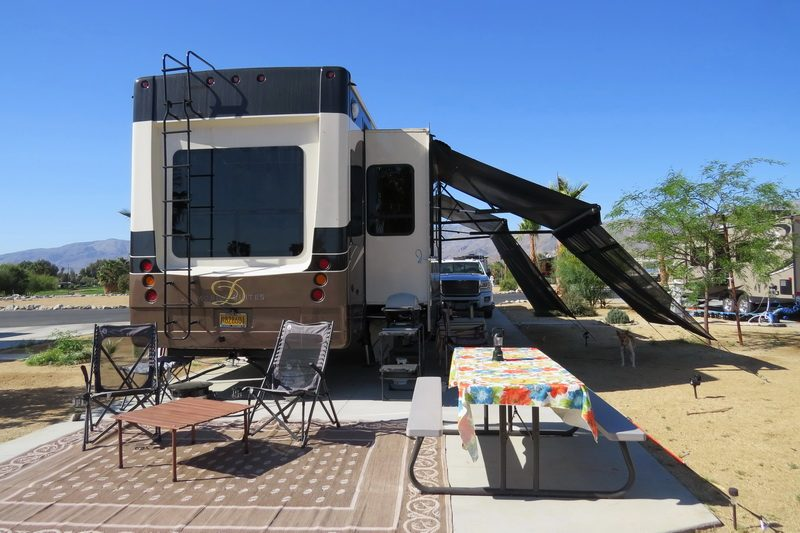 Fifth Wheel set up for two nomads in the desert