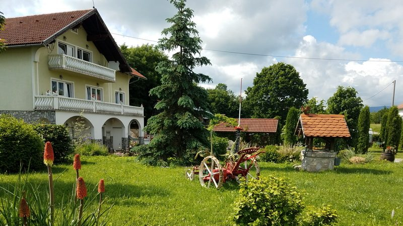Farm stay near Plitvice Lakes