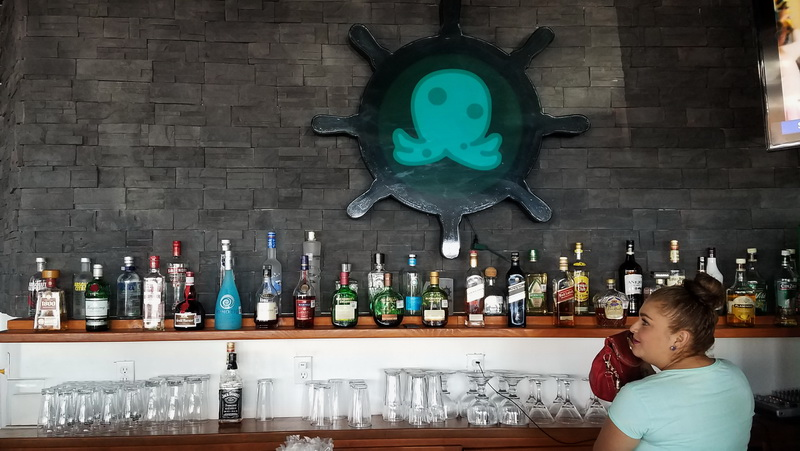 el oktupus bar in puerto penasco