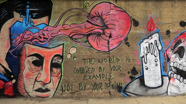 Mural found in Chicago inspiring change and kindness.