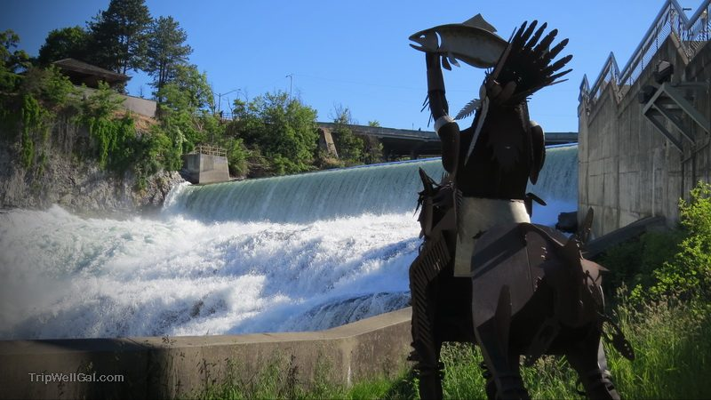 Native fishing memorial at Spokane Falls